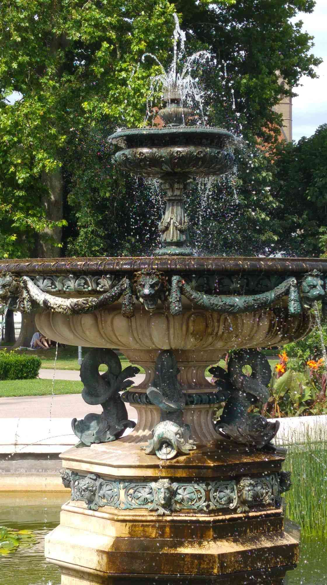 Volksgarten - Brunnen