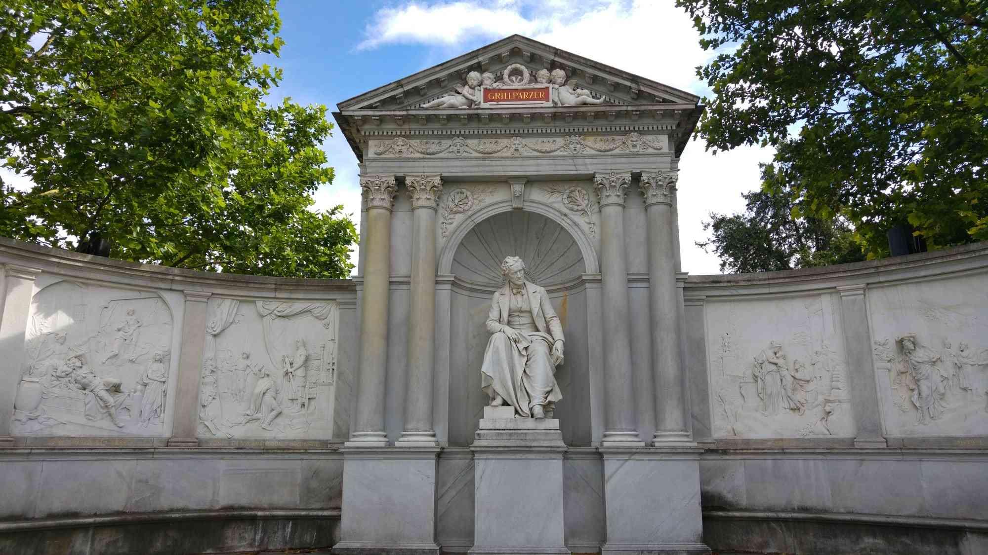 Volksgarten - Grillparzer Denkmal