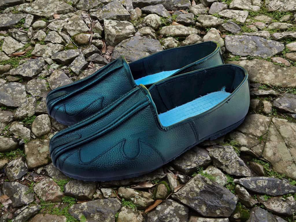 Daoist Leather Shoes Black