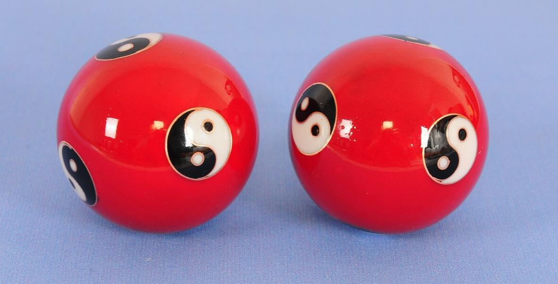 2Pcs Chinese Stress Exercise Hand Balls 10