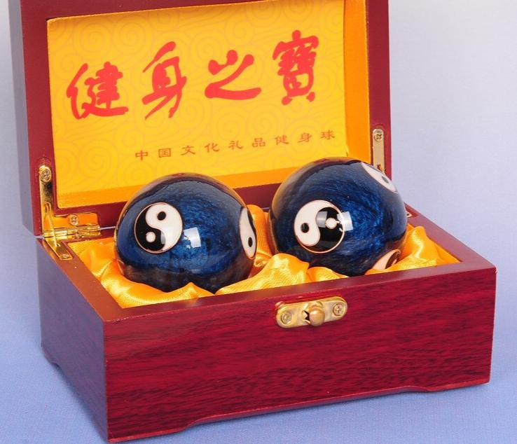 2Pcs Chinese Stress Exercise Hand Balls 8
