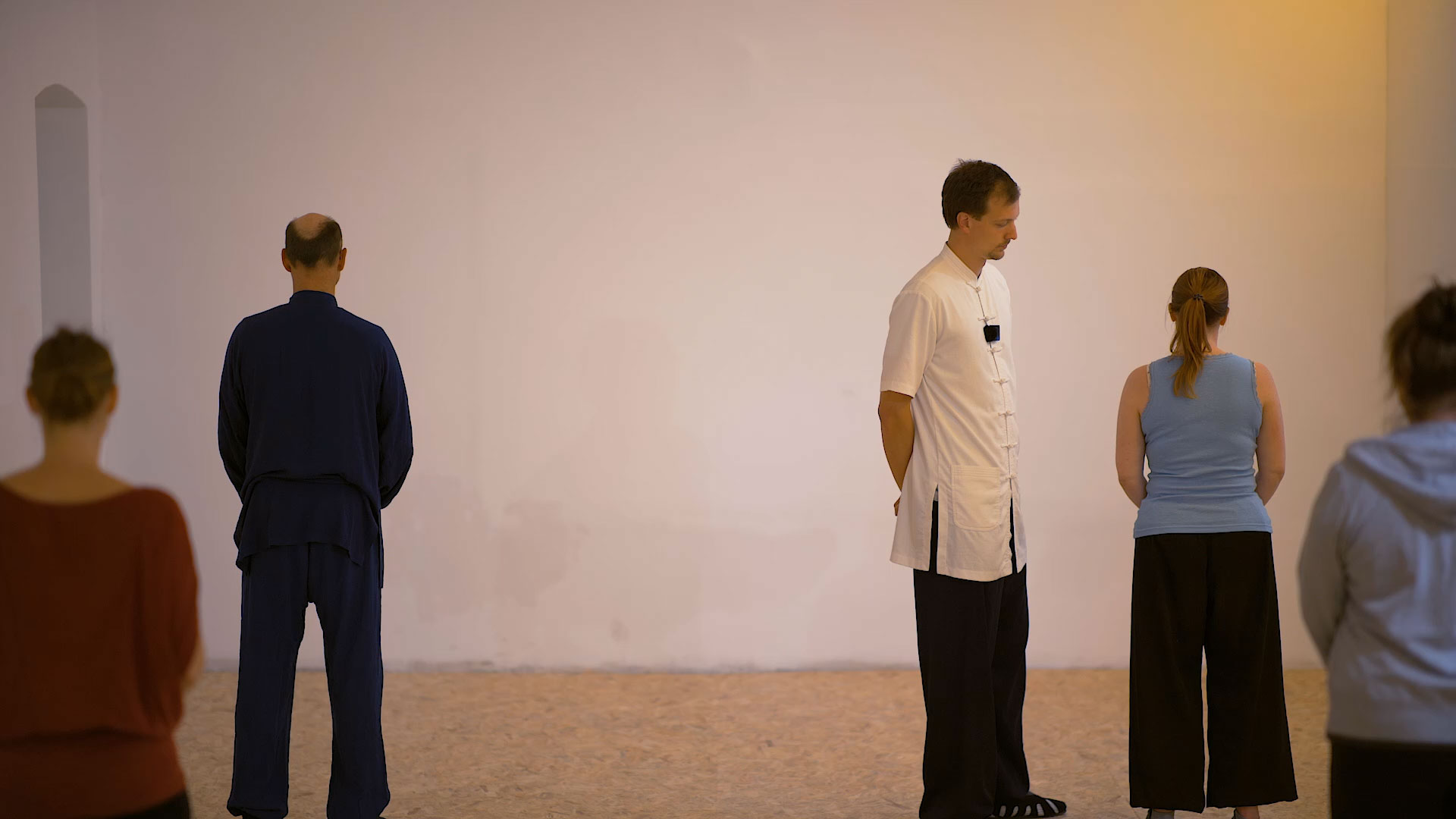 Eight Brocades – How to Identify Straight Posture