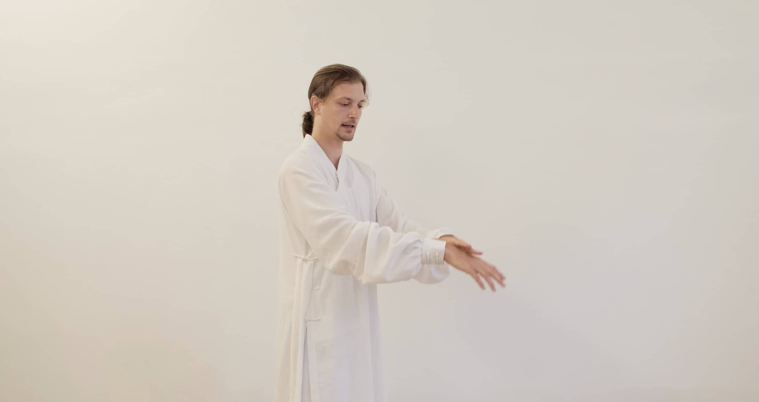 Learning Wudang Cloud Hands